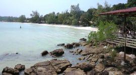 Vue sur plage et mer au Cambodge, Asie