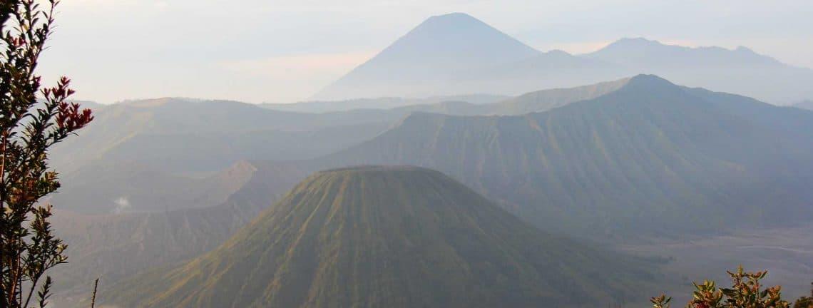 Lever du soleil à Bali, en Indonésie