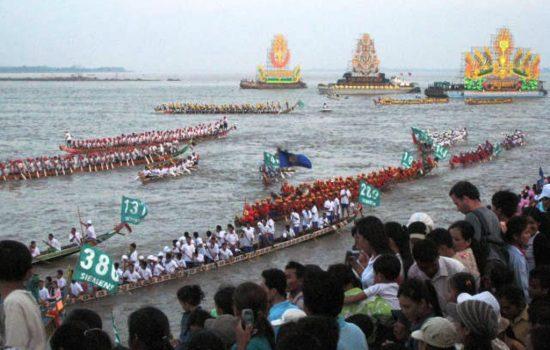 Bon Om Touk, la fête de l'eau au Cambodge