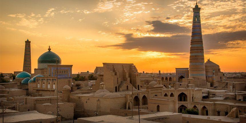 Architecture orientale, patrimoine culturel, coupoles bleues, Ouzbékistan, Moyen Orient, Asie Centrale, coucher du soleil