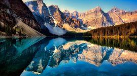 Vue sur le Lac Moraine au Canada