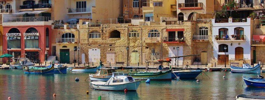 Vue sur ville à Malte