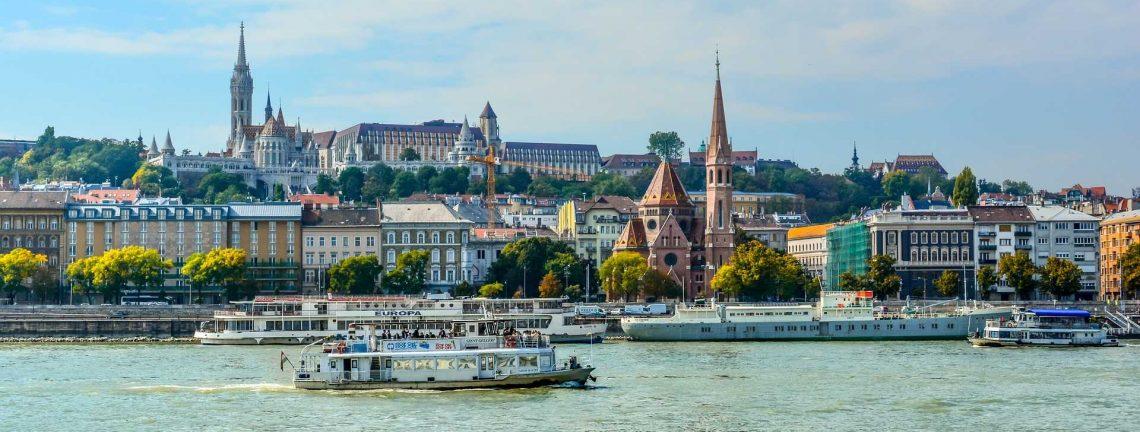 Vue sur le Danube en Hongrie